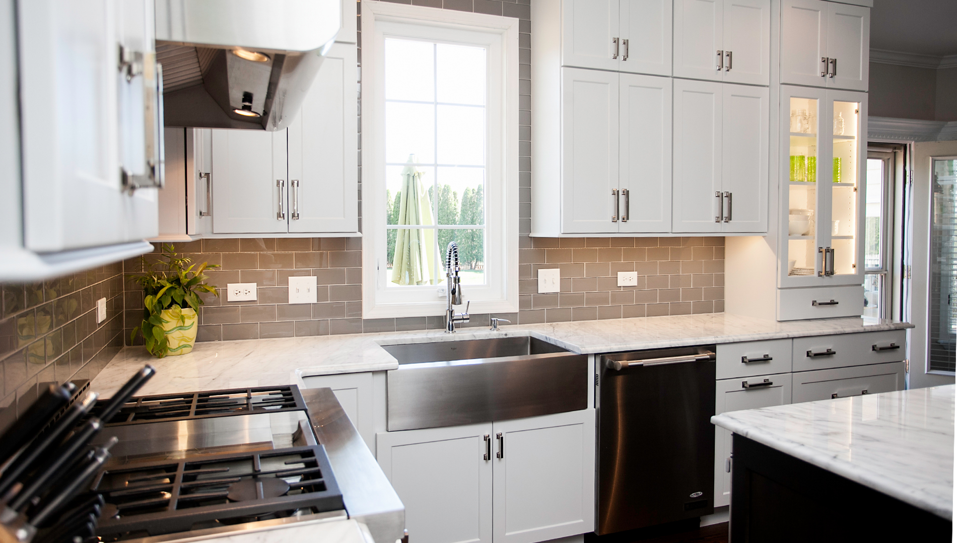Stylish Transitional Kitchen Design & Remodeling Naperville