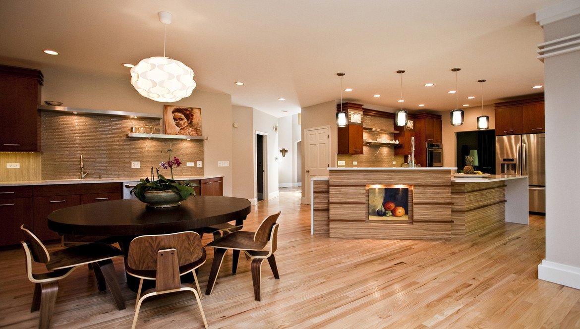 Kitchen & Dining Table Naperville